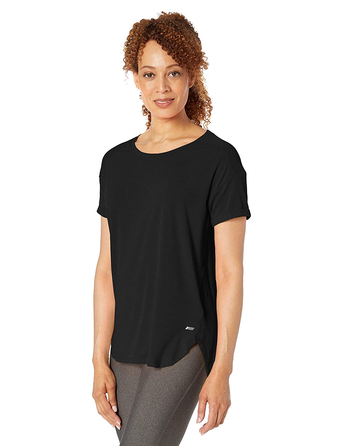 1a008027 Amazon Essentials Womens Standard Studio Relaxed-fit Lightweight Crewneck T- Shirt: Amazon.ca: Clothing & Accessories