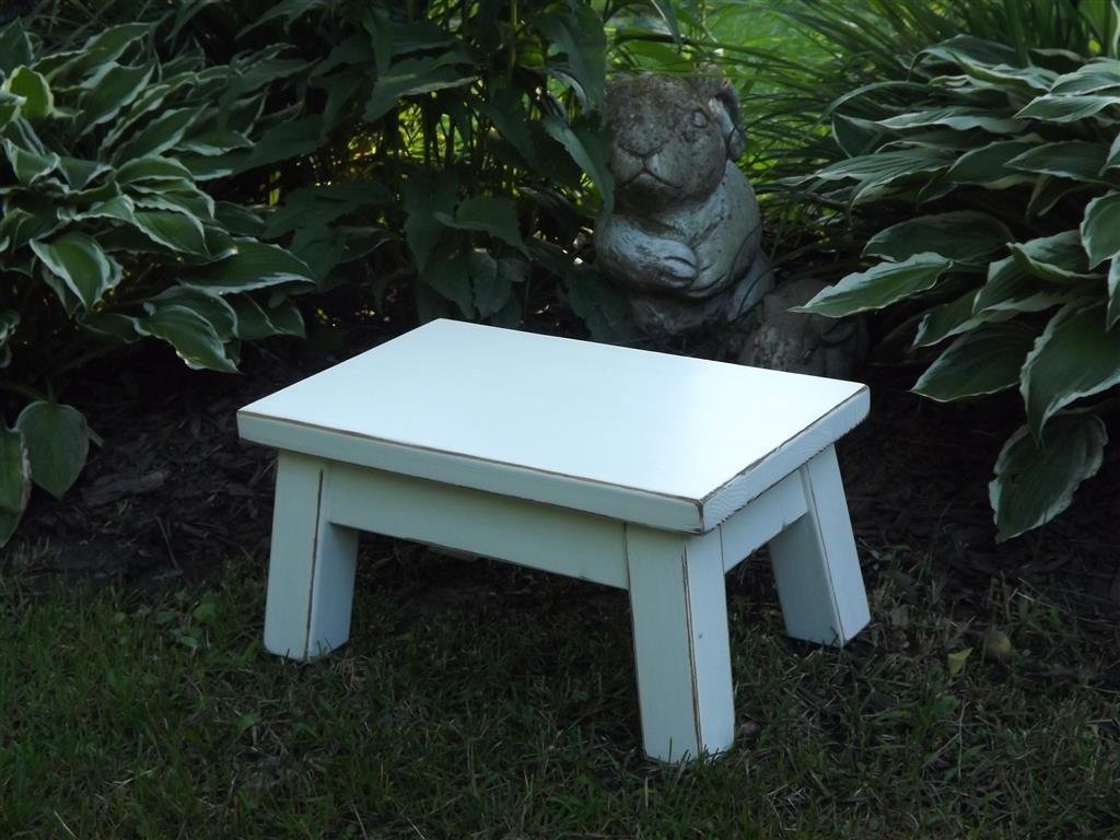 Admirable Heirloom White Wooden Step Stool Foot Stool Wood Stool Solid Distressed Riser 8High Squirreltailoven Fun Painted Chair Ideas Images Squirreltailovenorg