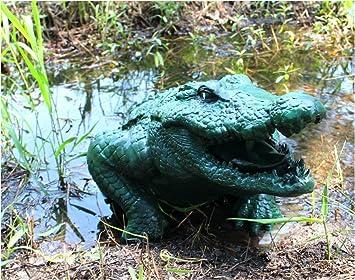 Big Alligator Head Garden Statue Sculpture Outdoor Water Near Fountain  Crocodile