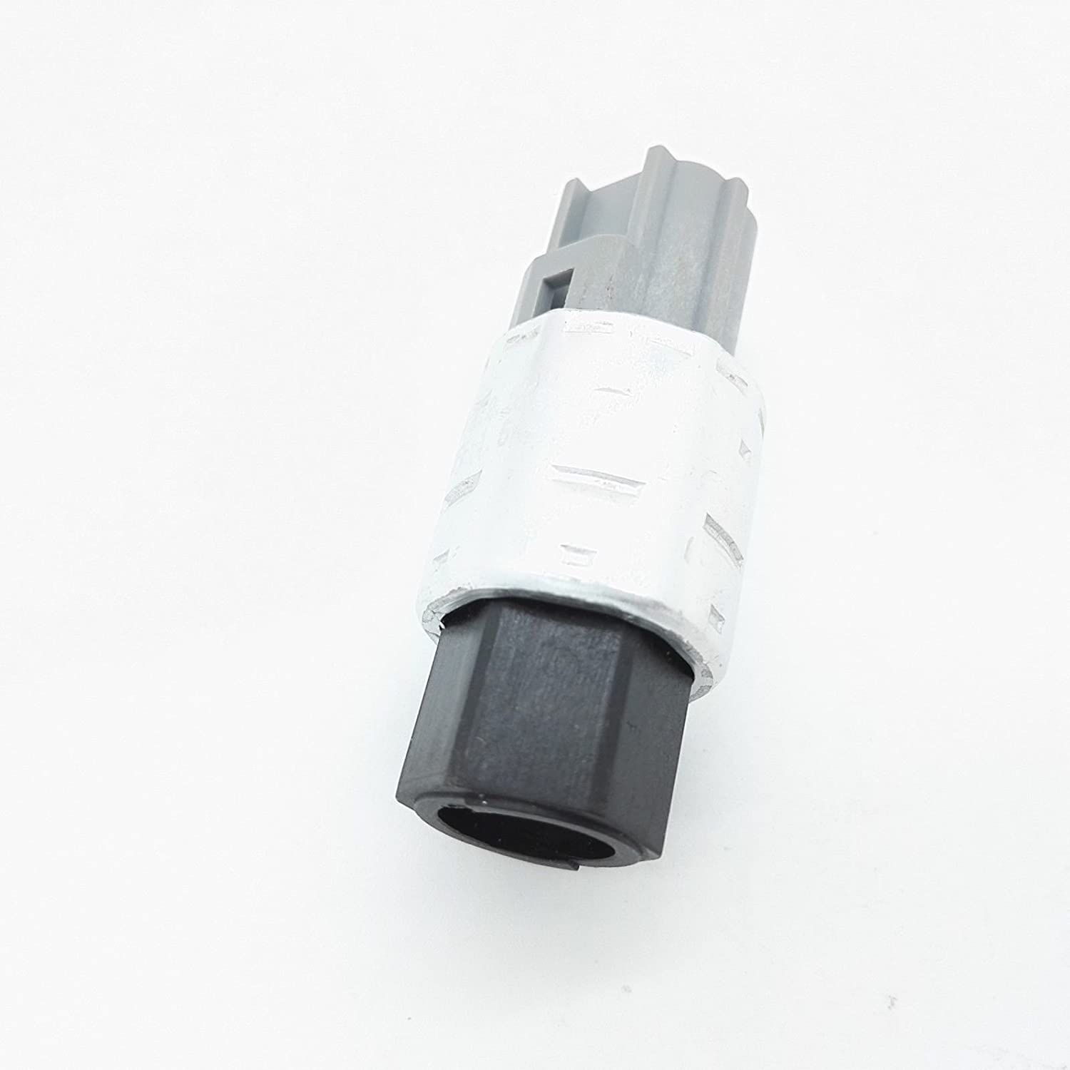 Amazon.com: A/C Clutch Cycle Switch for Chrysler PT Cruiser Dodge Neon Jeep Liberty Wrangler: Automotive