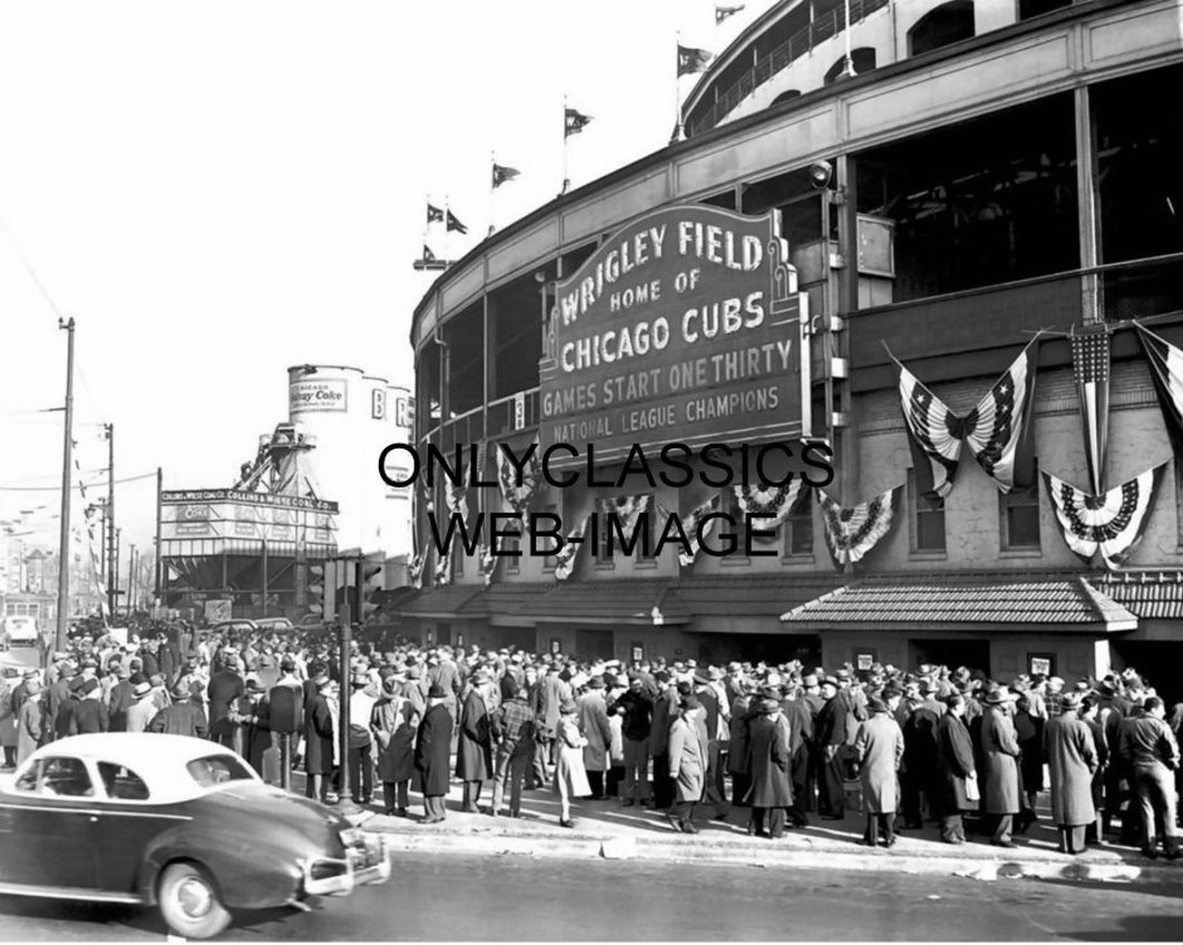 OnlyClassics 1945 WRIGLEY FIELD CHICAGO CUBS WORLD SERIES BASEBALL PHOTO VINTAGE OLD BALLPARK