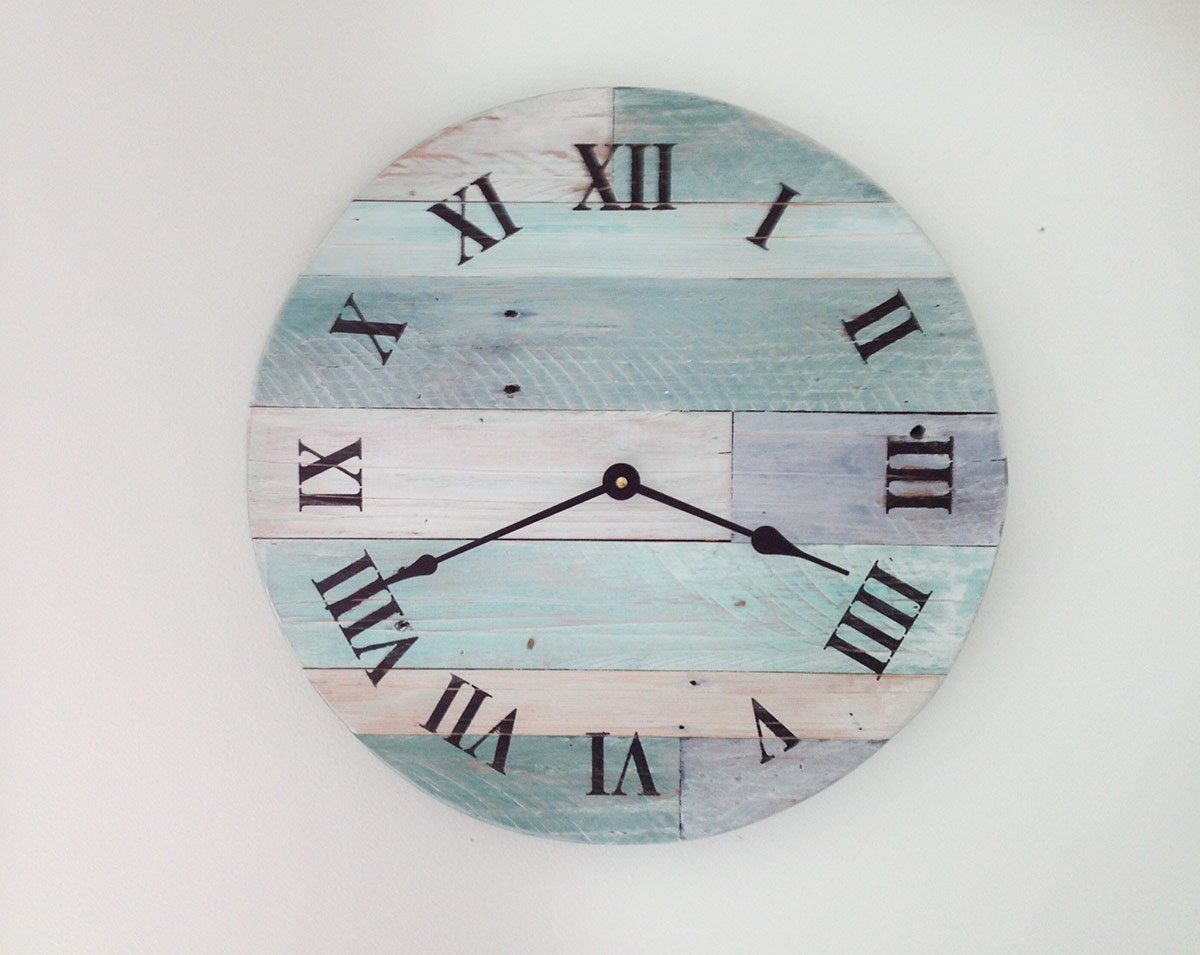 Amazon Reclaimed Wood Wall Clock Pallet Rustic Beach 16 Wooden Decor Shabby Chic Nautical Theme For