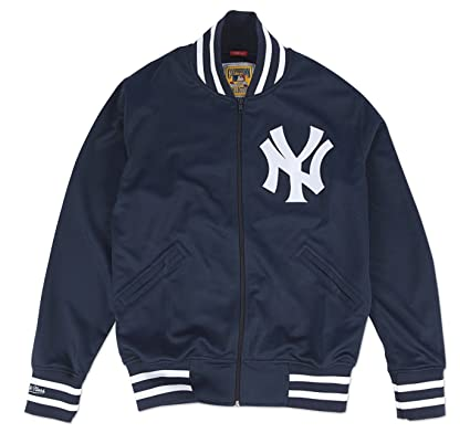 huge discount 56e4a aab69 Amazon.com : Mitchell & Ness New York Yankees MLB Authentic ...