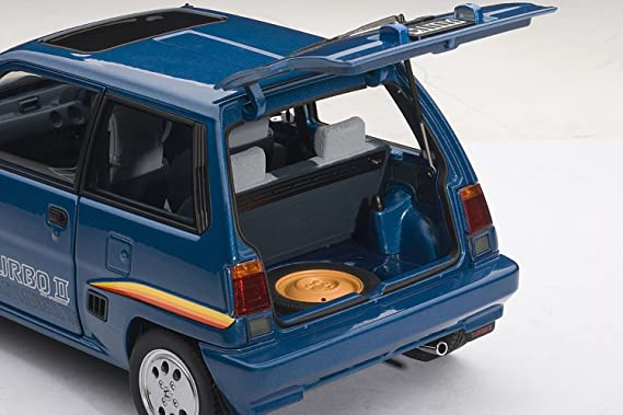 Amazon.com: Honda City Turbo II With Motocombo In White 1/18 by Autoart 73283: Toys & Games