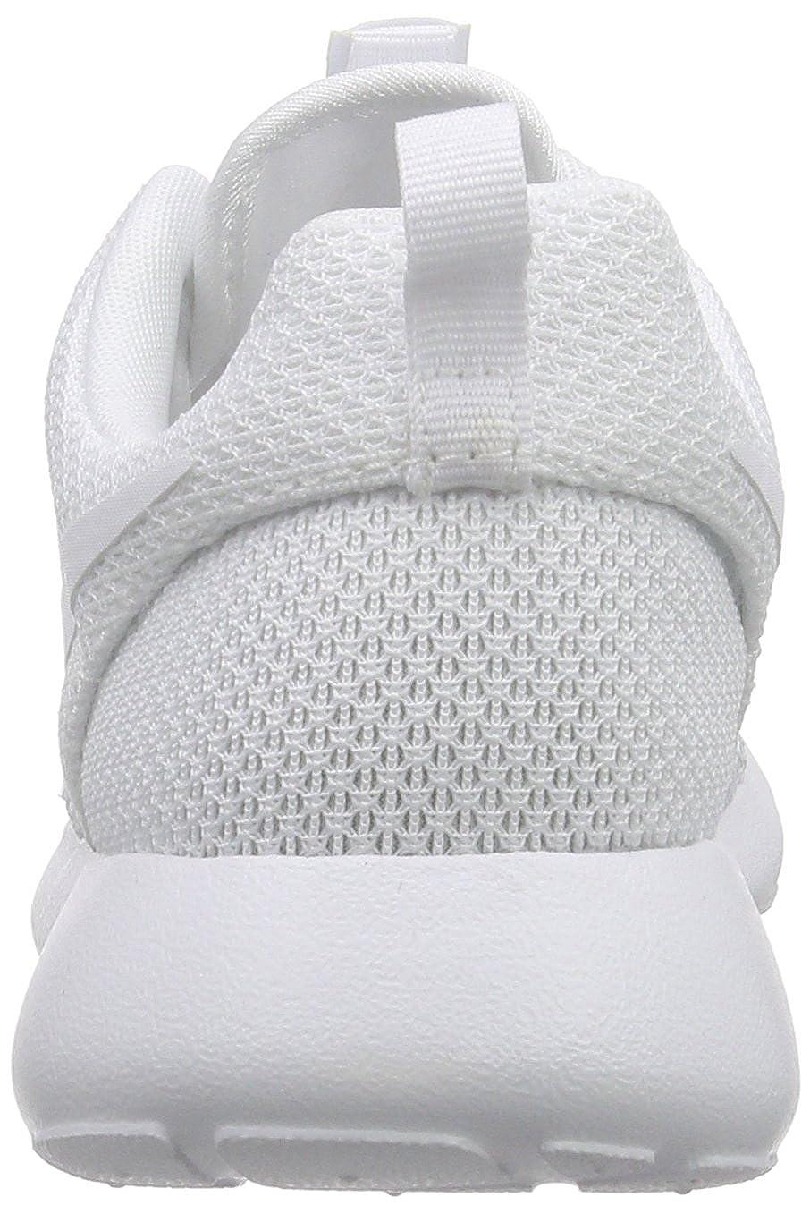 huge selection of 0056e 09e0d Amazon.com   Nike Men s Roshe Run   Fashion Sneakers