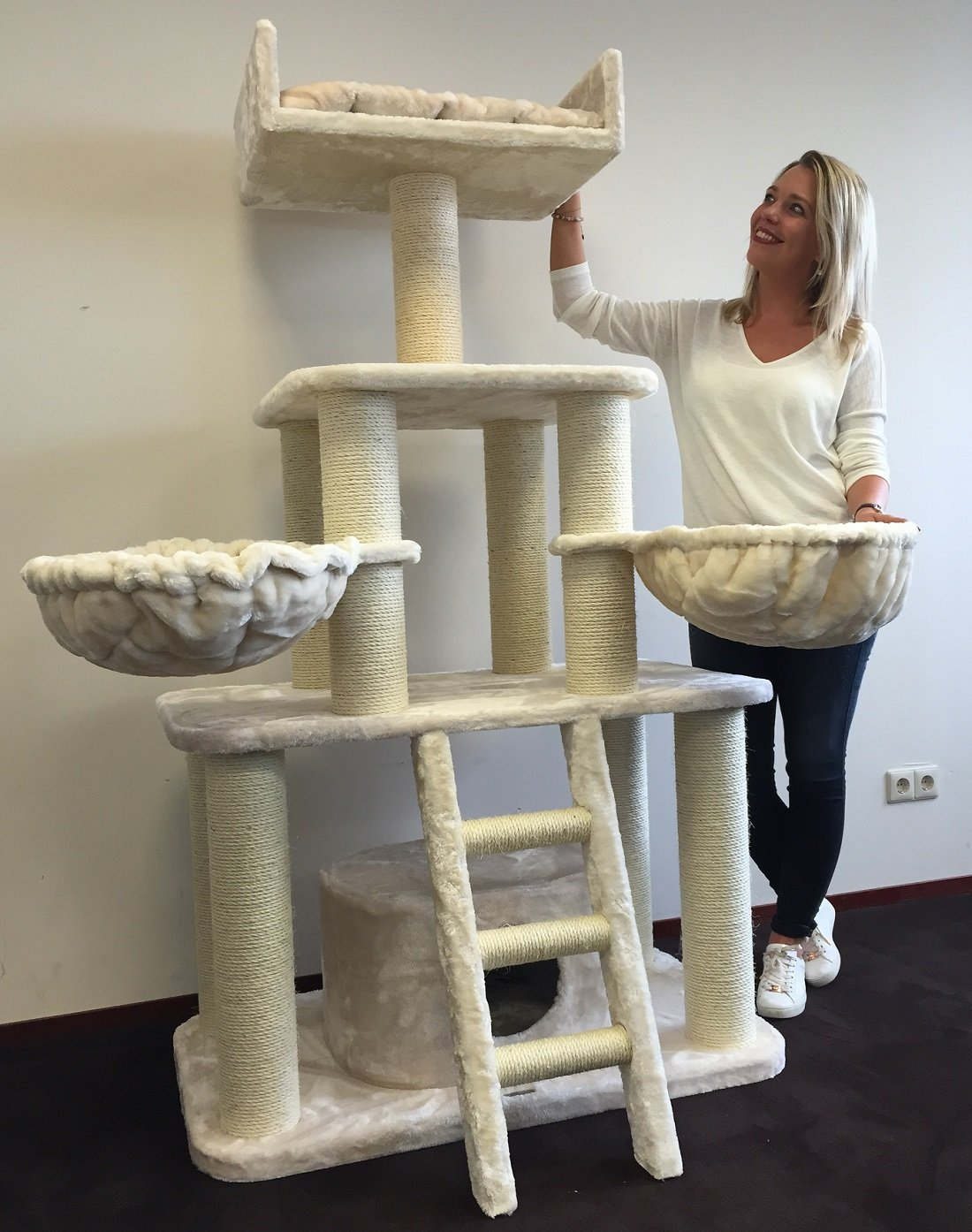 Cat Tree for Large Cats – Tiger Beige – 69 inch 137 lbs 5 inch Ø poles – Total size 69x39x24 inch – Cat Scratcher scratching post activity center Cat Trees for large cats. Quality product from Cat Tre