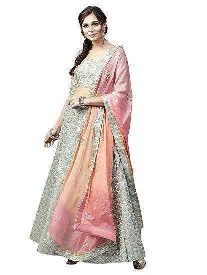 2f1e3b785f951 AKHILAM Women s Woven Banarasi Silk Semi Stitched Anarkali Style Wedding  Lehenga Choli with Dupatta (Green DULHN7004)  Amazon.in  Clothing    Accessories