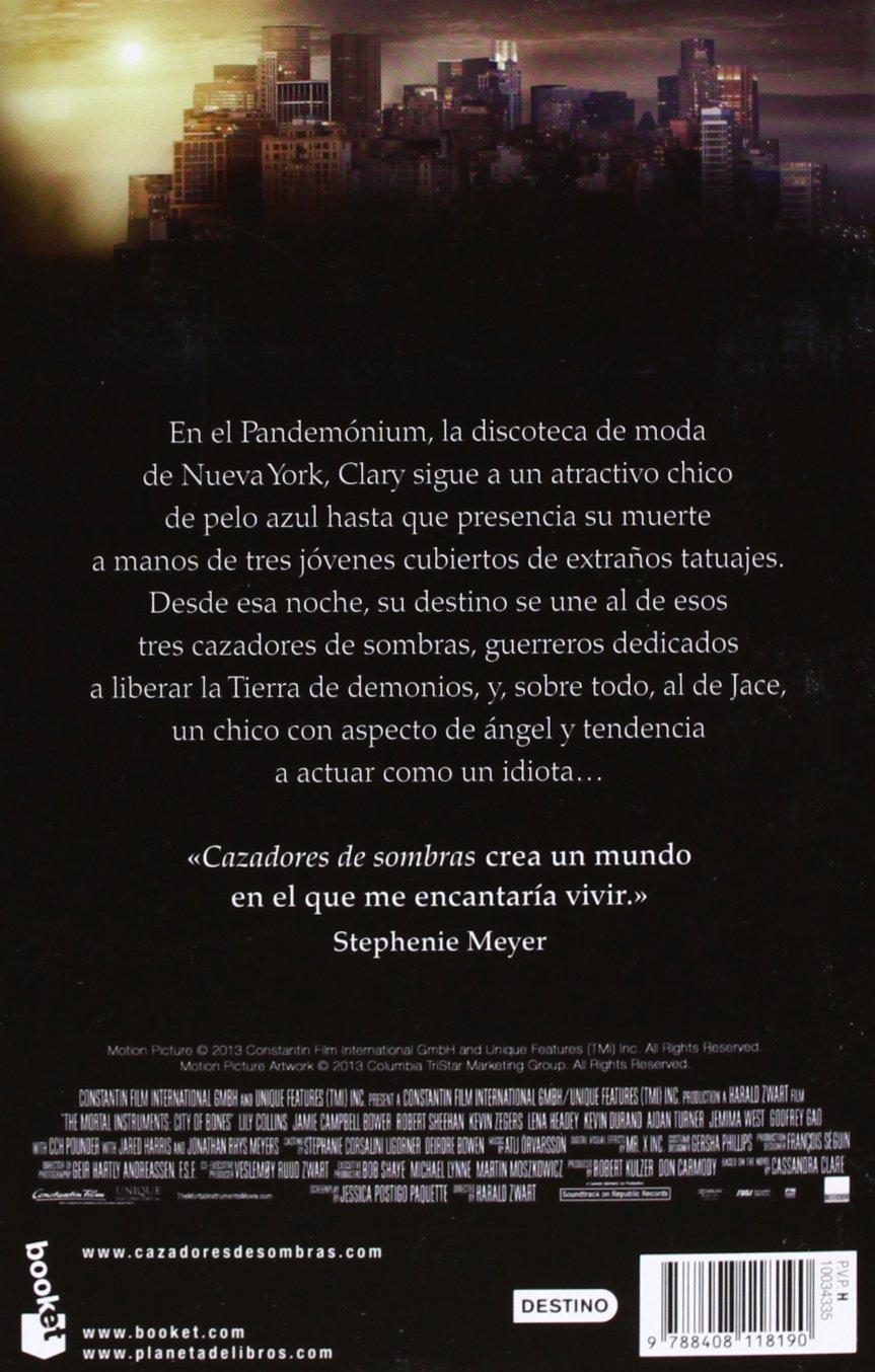 Ciudad de hueso: Cazadores de sombras 1: CASSANDRA CLARE: 9788408118190: Amazon.com: Books