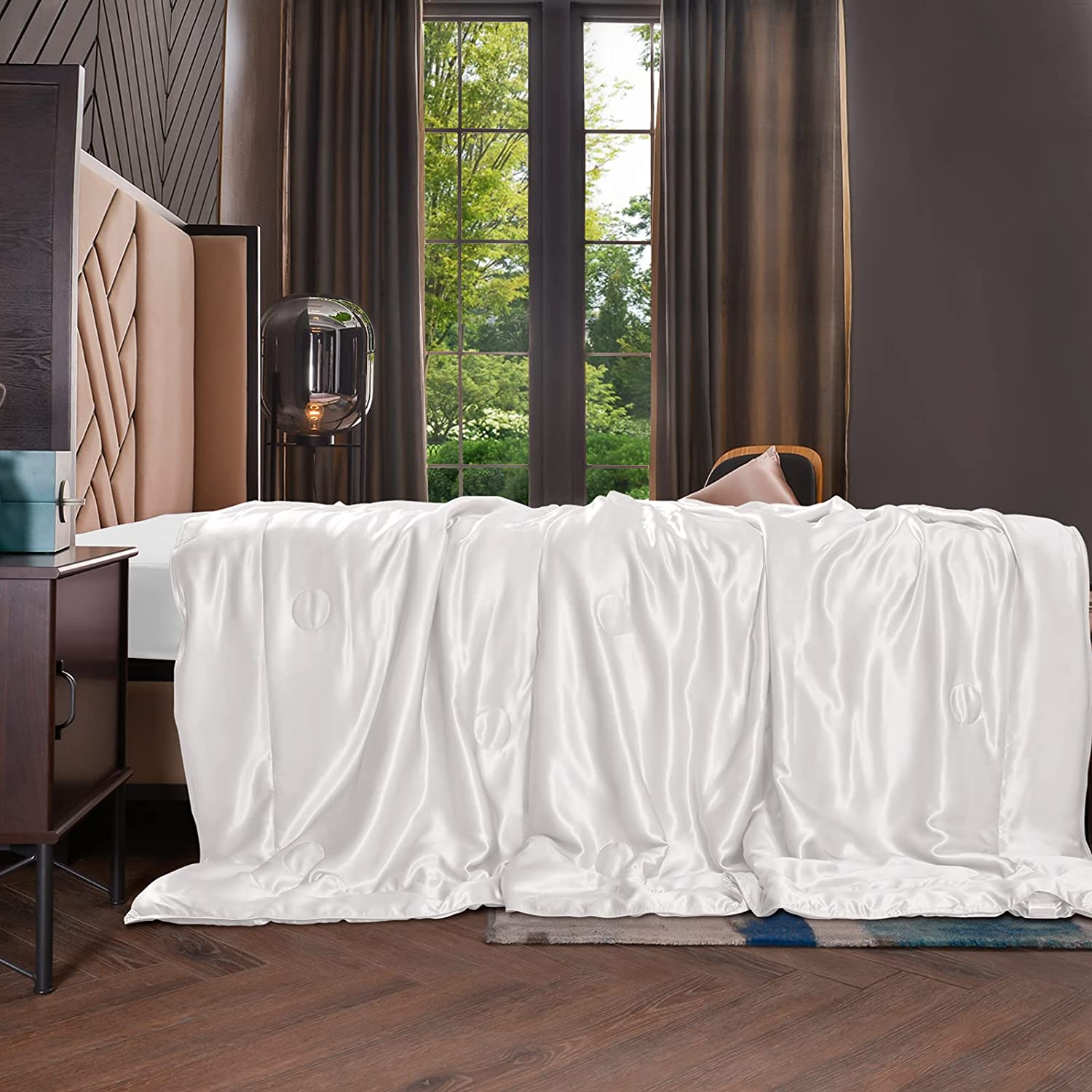 THXSILK 100% Silk Throw Blanket for Bed/Couch Top Grade Long-Strand Silk Quilted Bedspread Soft & Cozy (White, 53x70 inch)