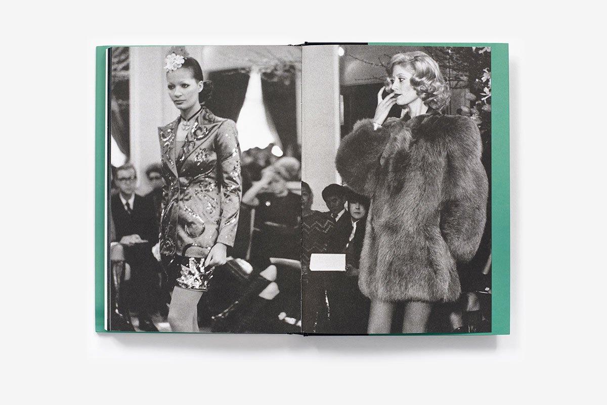 f2bc56385d3 Yves Saint Laurent: The Scandal Collection, 1971: Olivier Saillard,  Dominique Veillon: 9781419724657: Amazon.com: Books