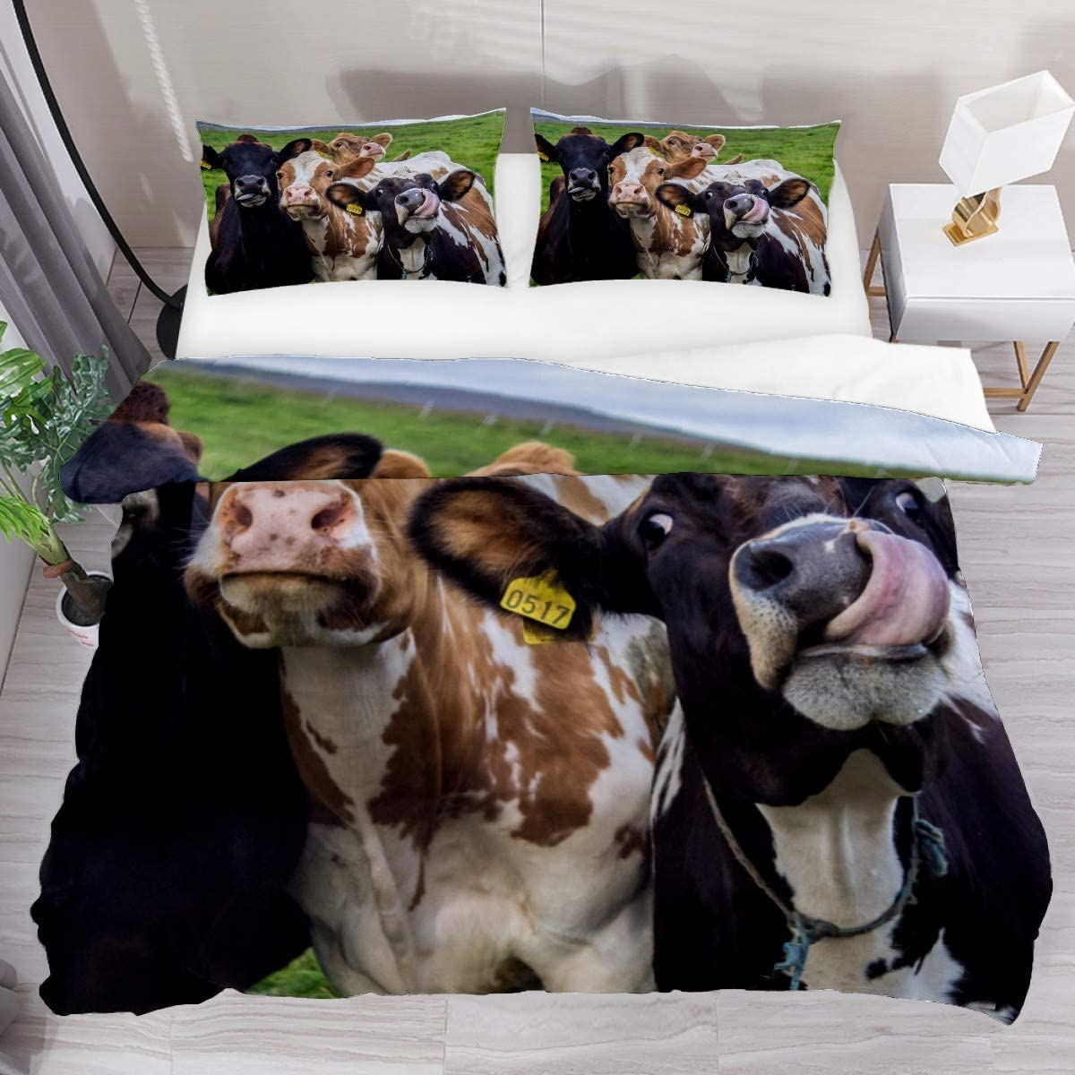 FOLPPLY Three Cute Cow Duvet Cover Set, Queen Bedding Set 3 Pieces, Comforter Sheet Set with Pillow Shams Room Decor for Boys Girls Teens Adults