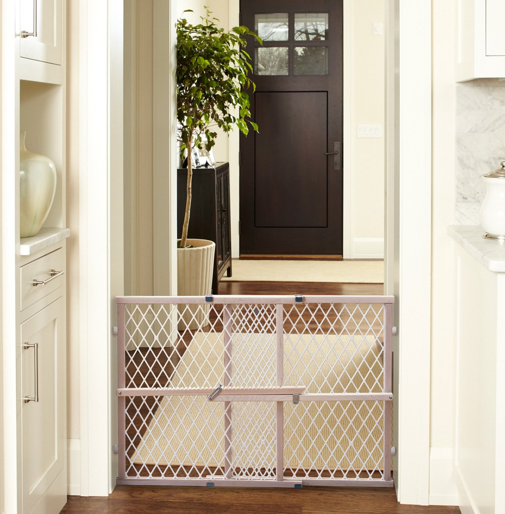 Amazon.com: North States Wood Frame Diamond Mesh Gate: NORTH STATES  INDUSTRIES: Baby