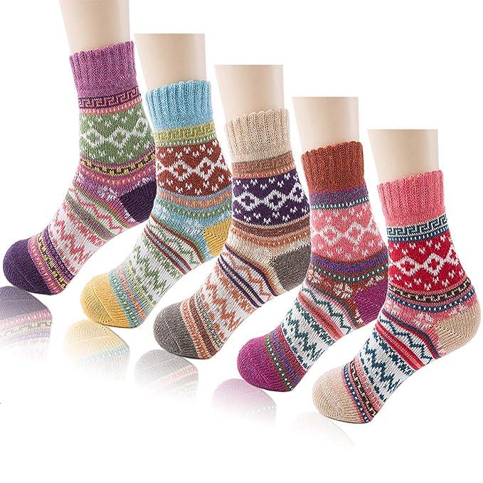 8ba389e2c0d51 iShyan 5 Pairs Womens Warm Winter Vintage Thick Knit Wool Crew Socks ...