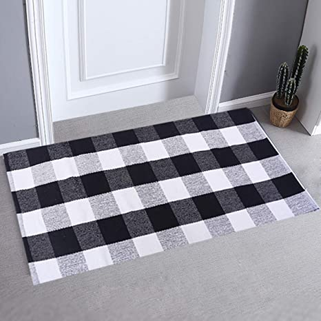 Amazon Com Lhtrade Outdoor Rug Cotton Rug Buffalo Checkered Plaid Area Rug Door Mat For Entry Way Washable Doormat Bedroom Carpet Welcome Mat 24 X 51 Black And White Plaid Rug Furniture Decor