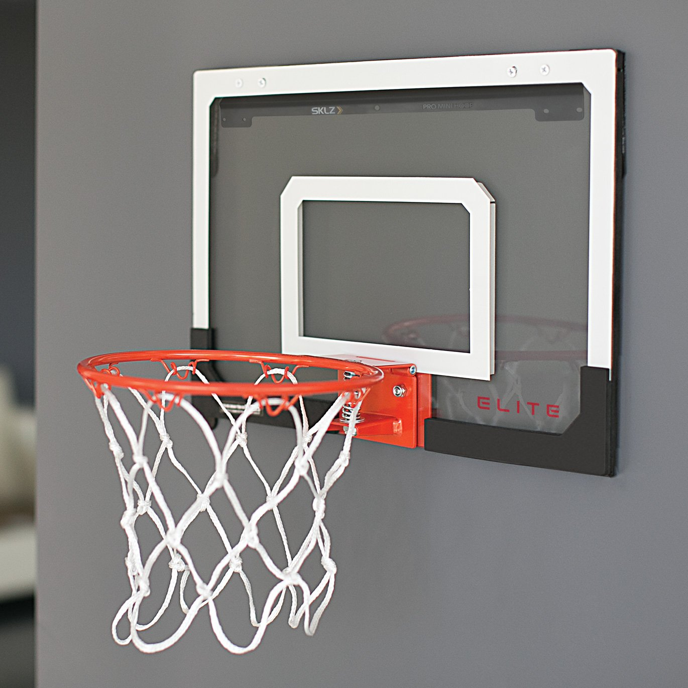 Stunning basketball net for bedroom pictures home design for Bedroom basketball hoop