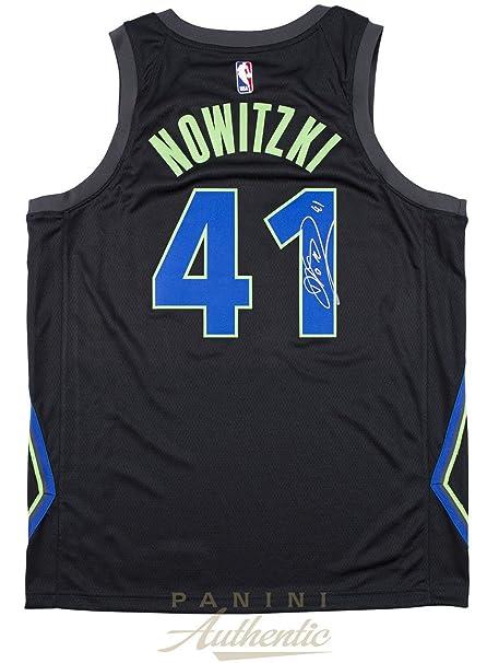 the latest c4011 9be82 Amazon.com: DIRK NOWITZKI Autographed Dallas Mavericks Nike ...