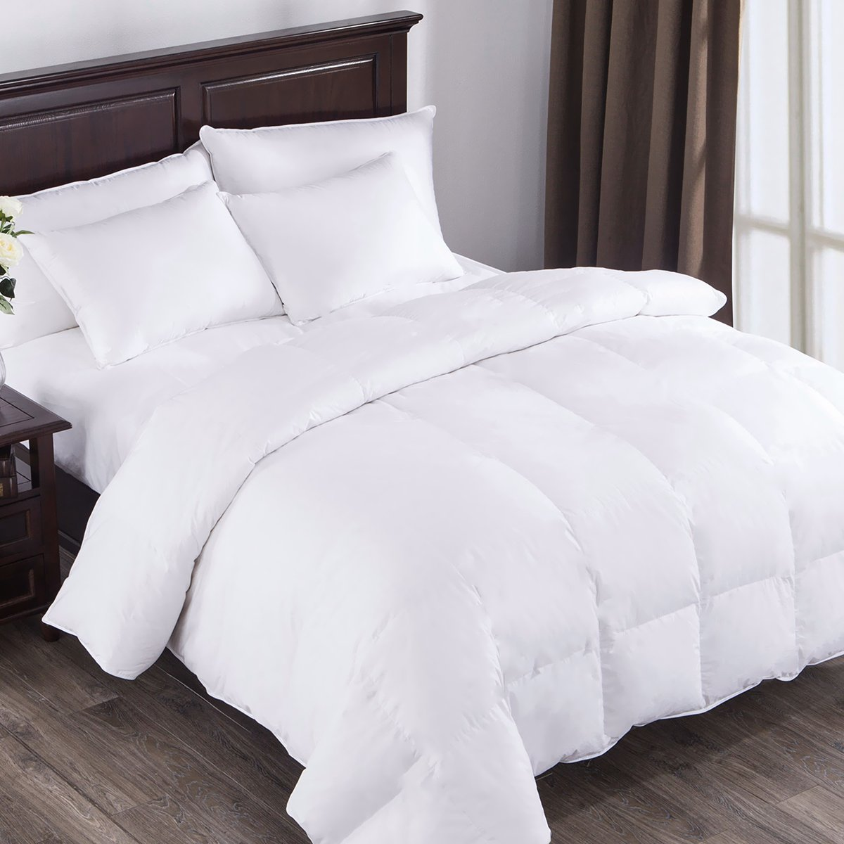 PUREDOWN White Down Comforter, Year Round Use, 100%Cotton, 600 Fill Power, 233 Thread Count , King Size, White