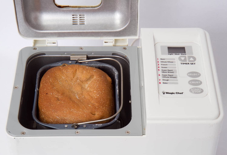 Amazon.com: Magic Chef Auto 1.5 pound Panificadora, Modelo ...
