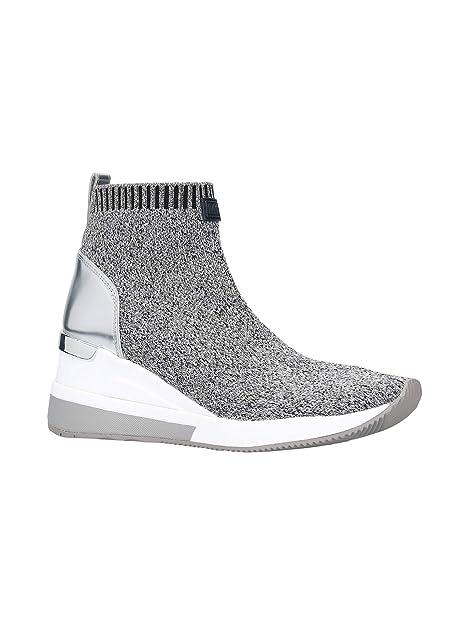 82a93dd4da29 Michael Kors Womens Skyler Closed Toe Ankle Fashion Boots