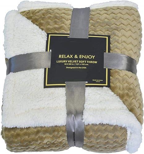 Napa Super Soft Sherpa Throw Blanket Mocha Chevron 50 X 60 Reversible Fuzzy Micro Plush All Season Fleece Tv Blanket For Bed Or Couch Amazon Ca Home Kitchen