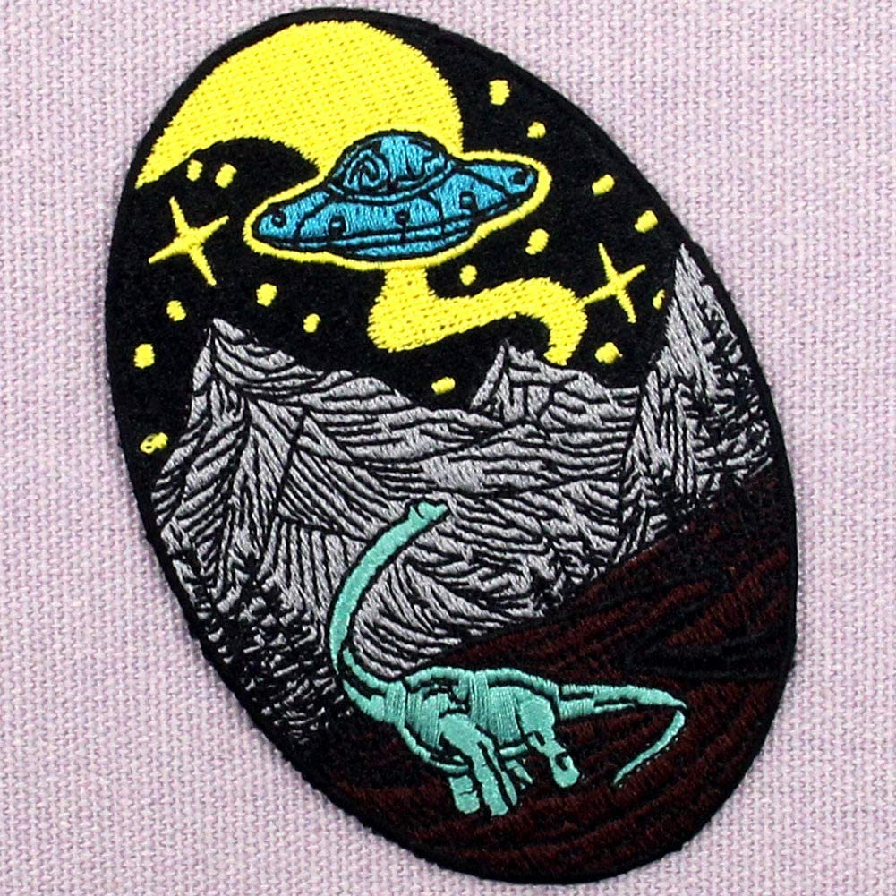 ZEGINs Dinosaur And Alien Patch Embroidered Applique Iron On Sew On Emblem