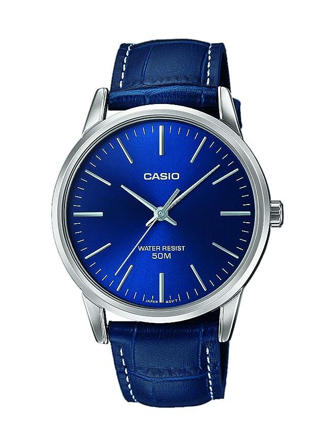 Reloj Casio con correa de cuero