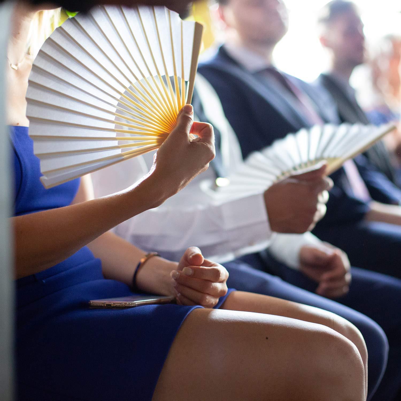 d/écoration de Bricolage /église f/ête Aneco 18 pi/èces /éventail de Main en Tissu de Bambou Pliable pour d/écoration de Mariage Blanc Cadeaux de Mariage