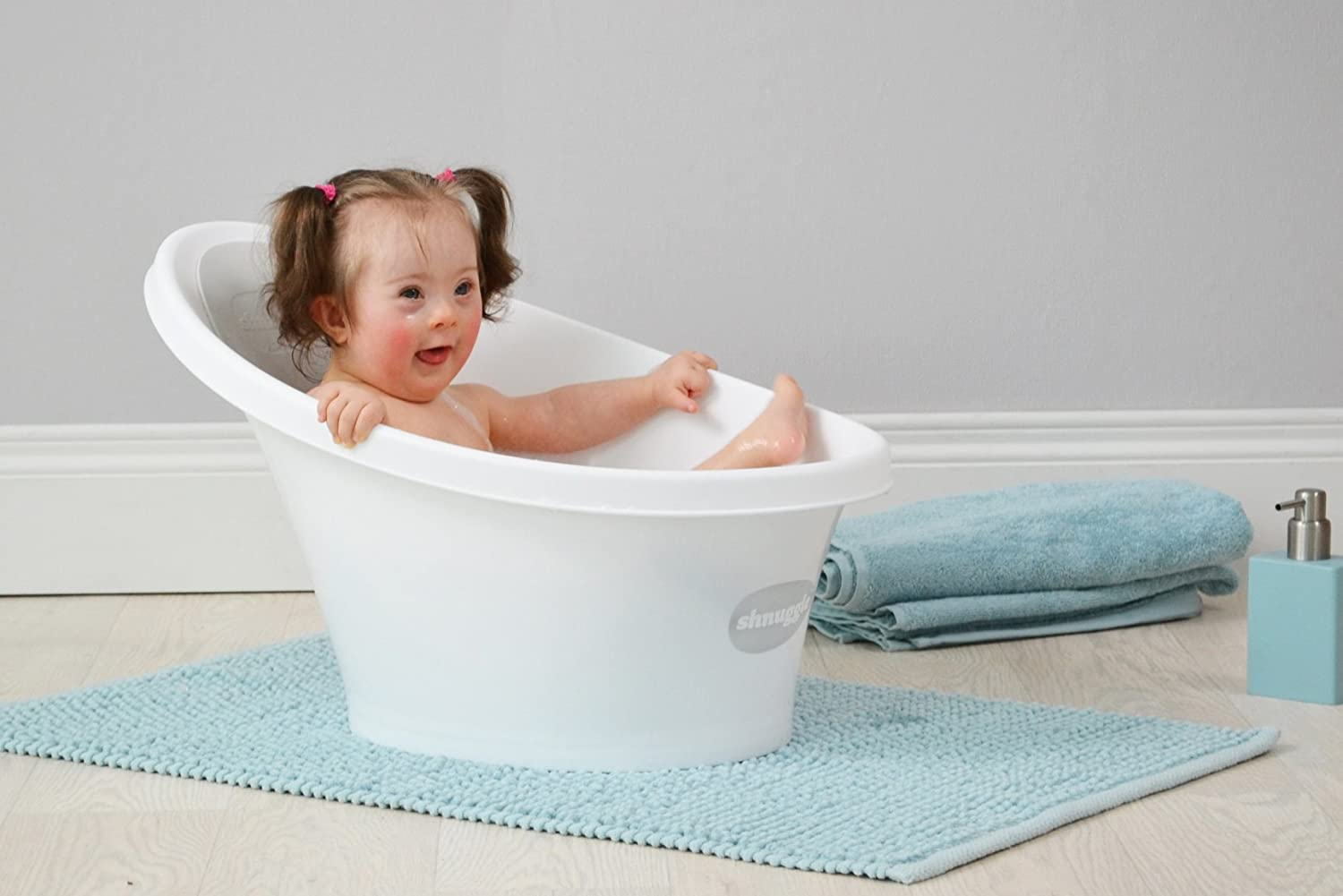 Amazon.com : Shnuggle Bath with Backrest, White with Pink : Baby