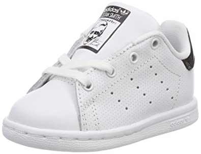 timeless design 248e0 99326 adidas Unisex Babies  Stan Smith Low-Top Sneakers, Footwear White core Black