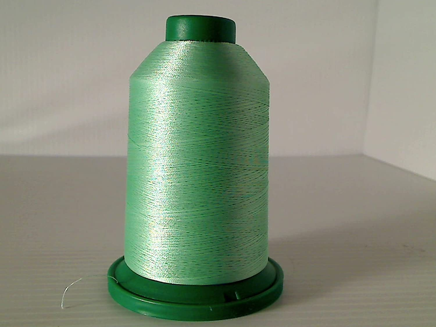 Isacord Embroidery Thread 5000m (5411-5565) (5515) Amman