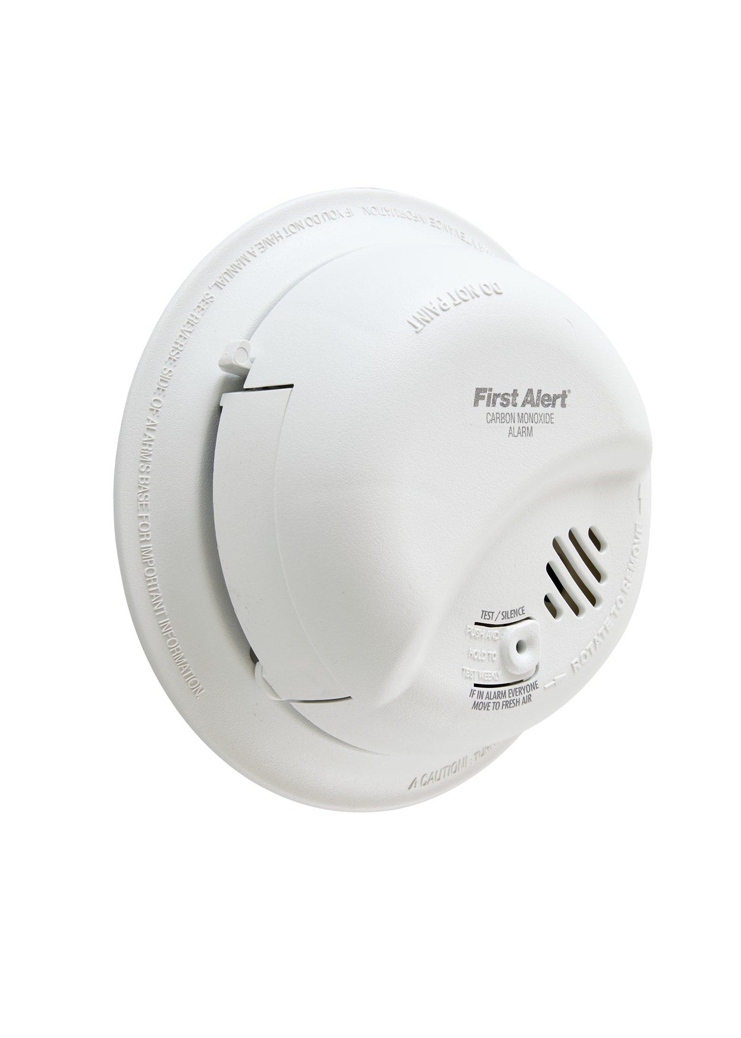 First Alert BRK CO5120BN Hardwire Carbon Monoxide Alarm with Battery Backup