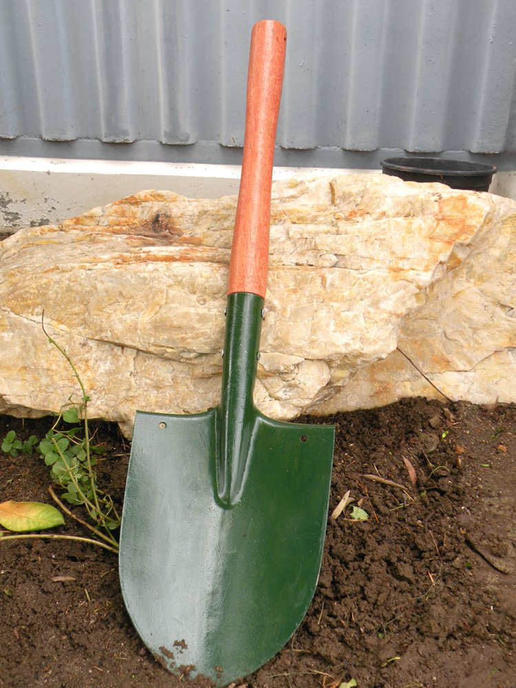 Professional Middle Sized Hardwood Short Handled Portable Shovel-The Blade Has a Solid Shoulder Fold to Allow Forceful Foot Pressure,This is a Really Heavy-Duty, Military-Style Shovel !