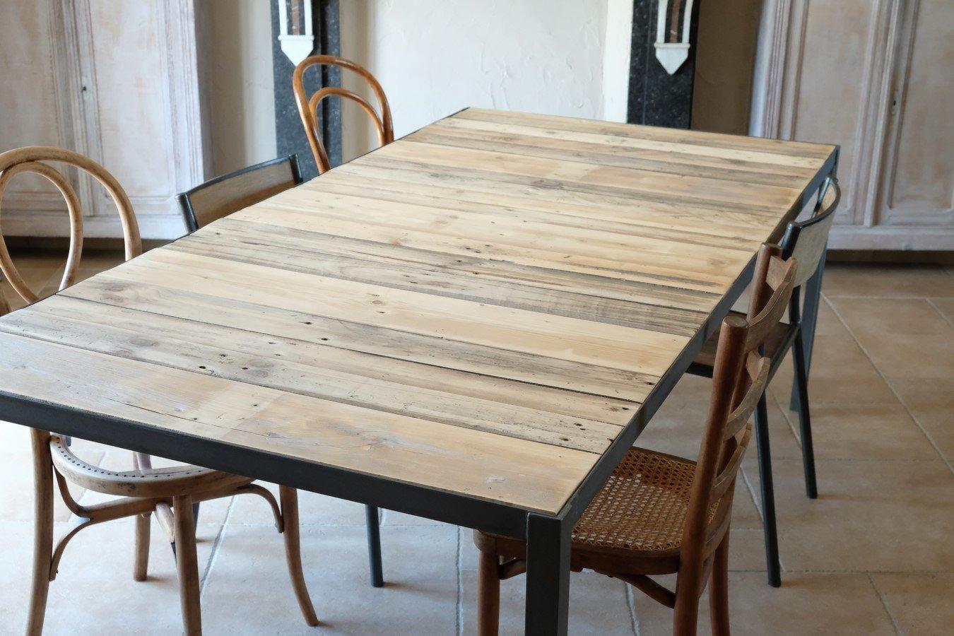 Table de salle à manger industrielle en bois et métal: Amazon.fr