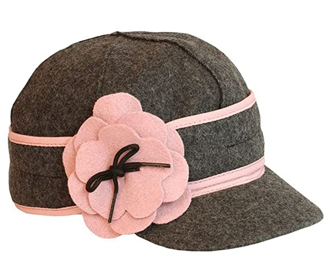edaad43f193 Stormy Kromer Mercantile Petal Pusher Cap - Women s at Amazon ...