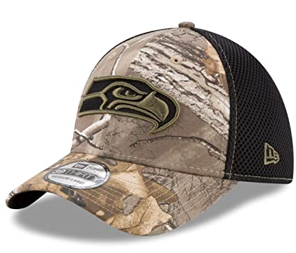 new concept e1dbb 918d3 Image Unavailable. Image not available for. Color  New Era Seattle Seahawks  NFL 39THIRTY Realtree Neo Flex Fit Camo Hat