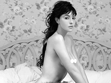 Monica Bellucci Sexy Model Fabric Cloth Rolled Wall Poster Print Size 32quot