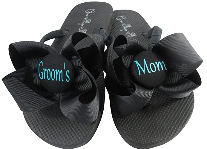 462917f2042b7 Amazon.com  Choose your Colors - bow Groom s Mom Flip Flops - black ...