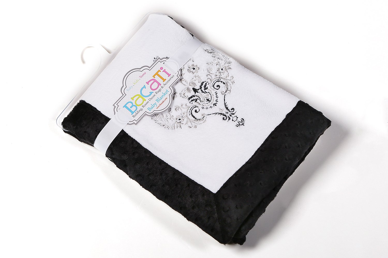 Bacati Classic Damask Black/White Plush Blanket1