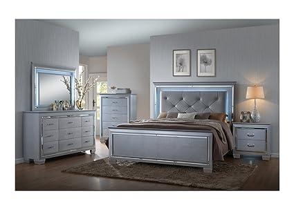 Amazoncom Cm 5pc Lillian Silver Alligator Bedroom Set Led Iighted