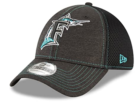 wholesale dealer fe9bb 34086 New Era Authentic Miami Marlins Black Neo Classic Shade 39THIRTY Flex Hat  (S M