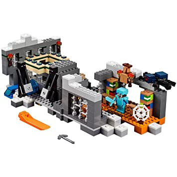 Amazon.com: LEGO Minecraft The End Portal 21124: Toys & Games