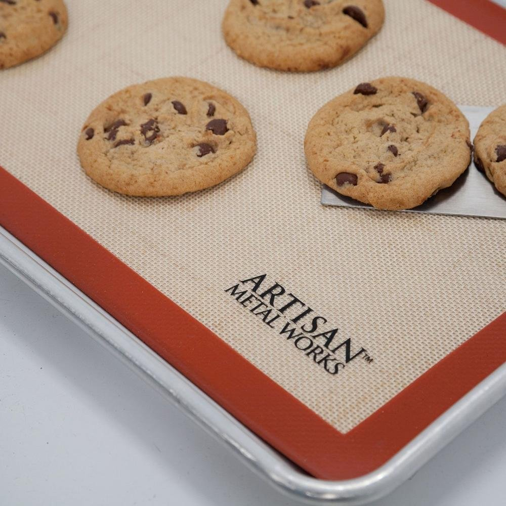 Artisan Silicone Baking Mat for Half-Size Cookie Sheet with Red Border, 16.5 x 11 inches, 2-Pack T3602MATA