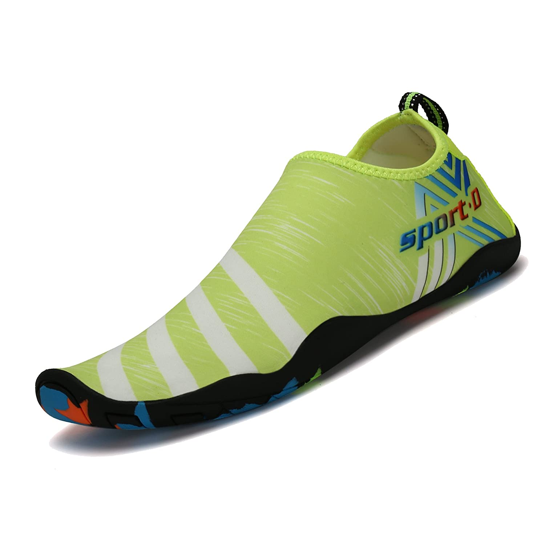 a45a3df92498 SAGUARO® Barefoot Water Shoes Quick Drying Beach Swim Surf Aqua Socks for Women  Men Unisex  Amazon.co.uk  Shoes   Bags