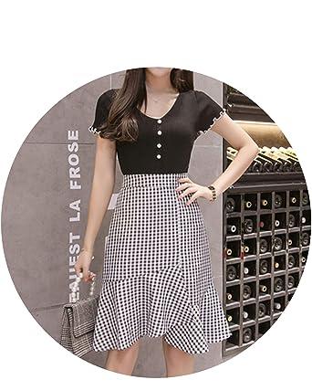 9a6b9b961fa7 Women Vintage Plaid Skirt 2019 Spring Summer Fish Tail Skirts Bodycon  Office Skirts High Waist Black&White