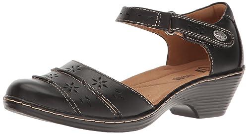 334215868e40a Clarks Women s Wendy Leehi Sandals  Amazon.ca  Shoes   Handbags