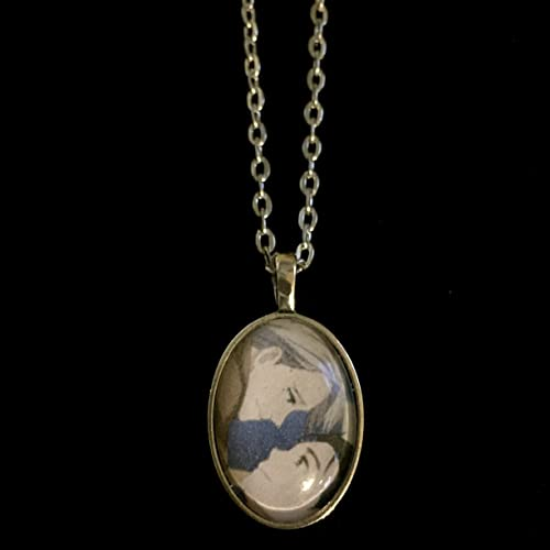 Amazon yuri on ice victor and yuuri victuuri pendant with on ice victor and yuuri victuuri pendant with chain mozeypictures Gallery