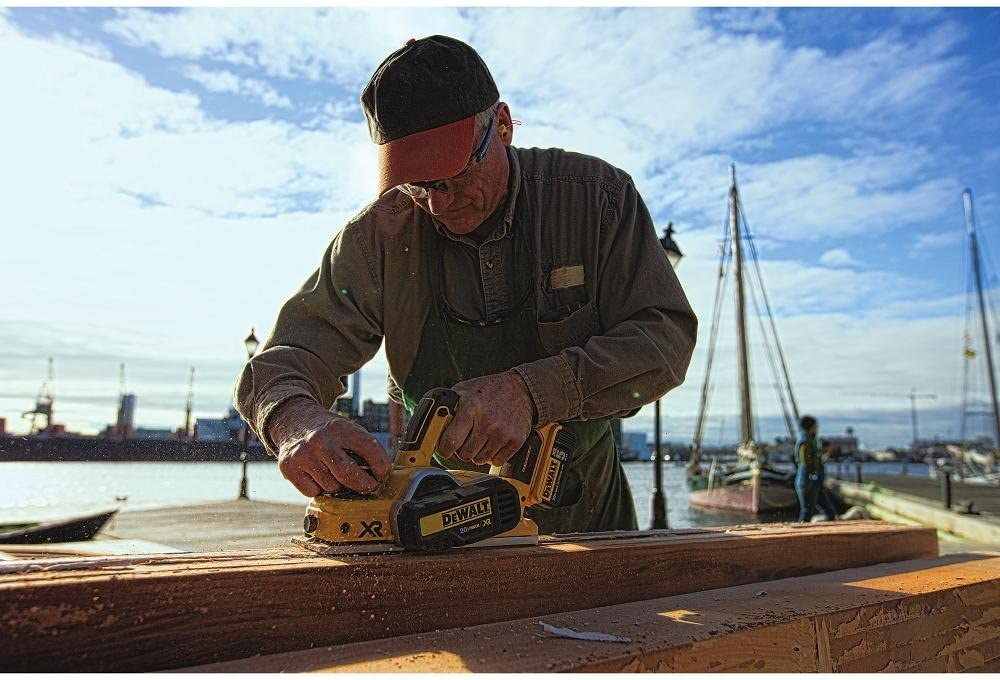 DEWALT DCP580B Electric Hand Planers product image 7