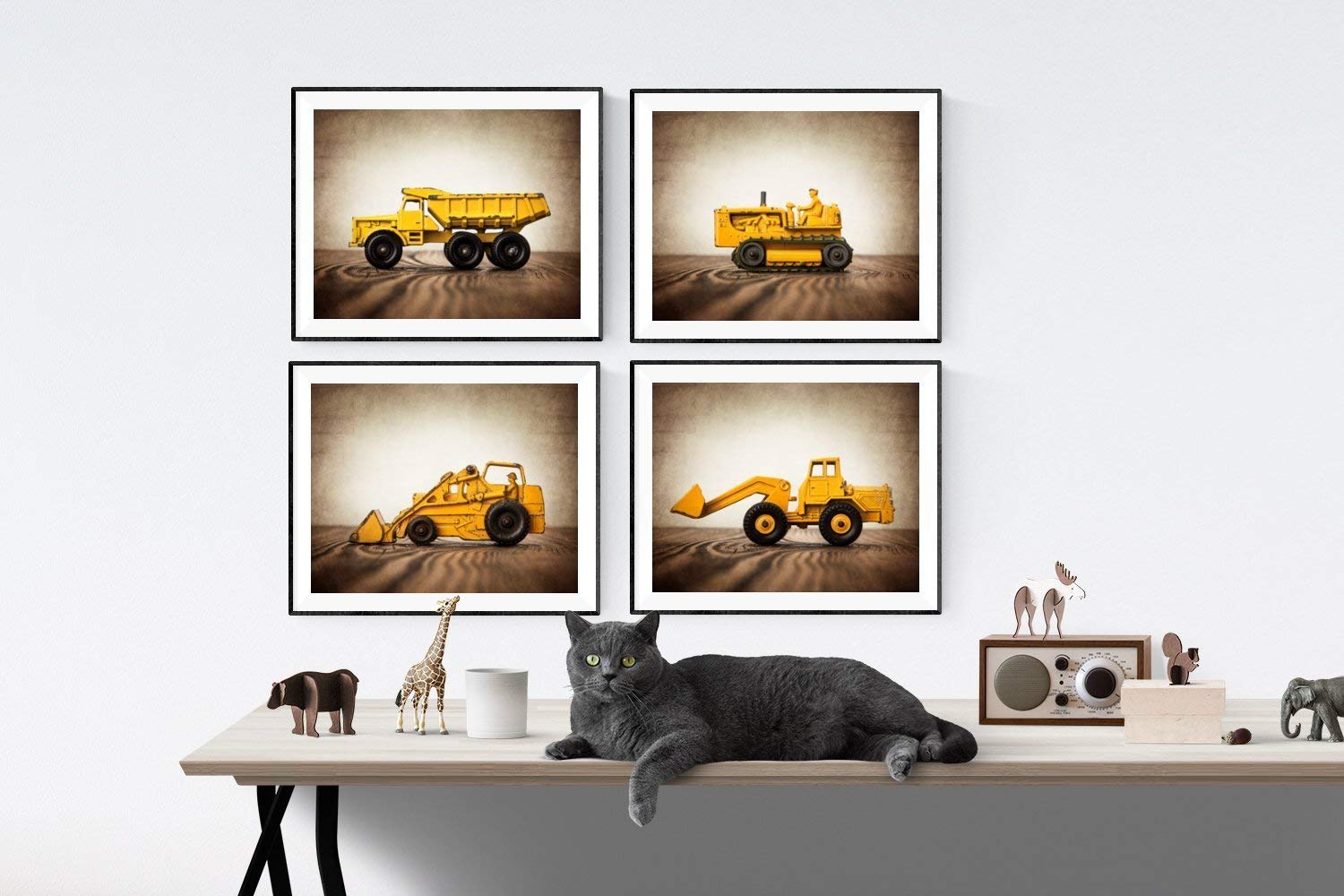 Vintage Spring new work Truck Tractor Animer and price revision Themed Wall art of Set 4 for UNFRAME boys