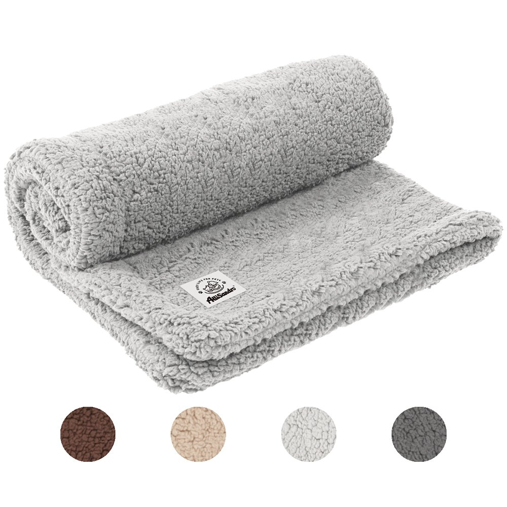 Allisandro [Upgrade Double Layer] Pet Premium Throw Blanket for Dog Cat Puppy Kitten Super Soft Fleece Velvet Four Color Three Size 39'' X 31'' Light Grey by Allisandro (Image #1)