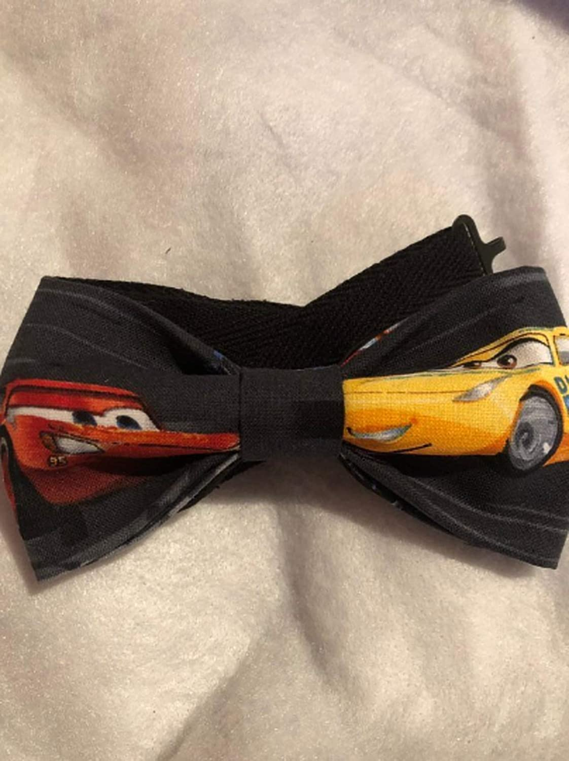 Disney Cars kids bow tie.Lightning McQueen, Pixar Cars bow tie. Perfect for Toddlers to 6 year olds. 15' adjustable strap.